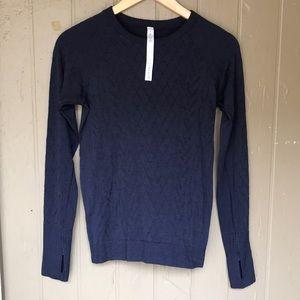 Lululemon long sleeve sweatshirt/top